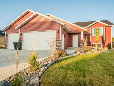 Bismarck Single Family Home For Sale: 3424 Meridian Dr