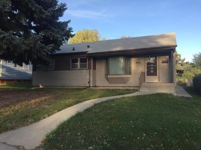 Mandan Single Family Home For Sale: 904 2nd Ave NW