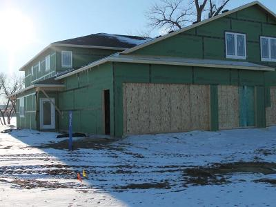 Bismarck ND Condo/Townhouse For Sale: $549,900