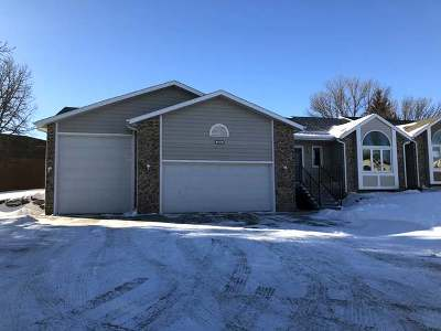 Bismarck Condo/Townhouse For Sale: 3476 Montreal St