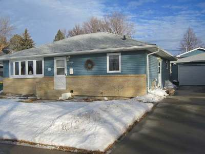 Bismarck Single Family Home For Sale: 1819 8 St N