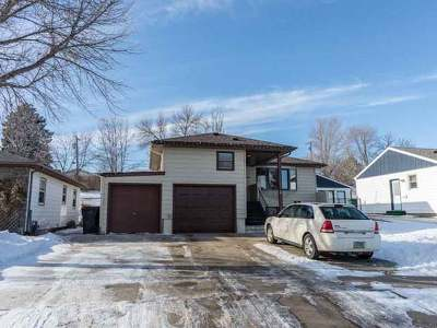 Bismarck Single Family Home For Sale: 1322 15th St N