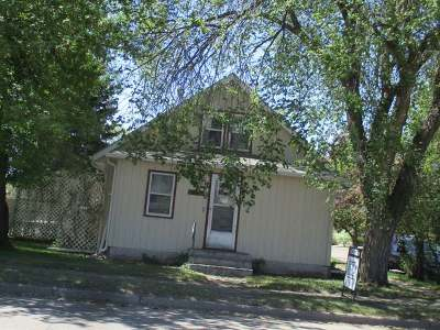 Beulah ND Single Family Home For Sale: $90,000