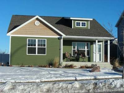 Bismarck Single Family Home For Sale: 4713 Souris St