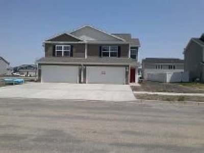Bismarck Condo/Townhouse For Sale: 3219 Rutland Dr