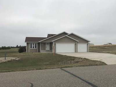 Bismarck Single Family Home For Sale: 5500 Woodrow Dr