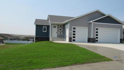 Mandan Single Family Home For Sale: 4603 Nova Ave NW