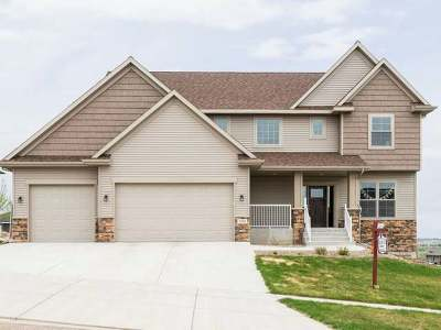 Bismarck Single Family Home For Sale: 3904 Valley Dr