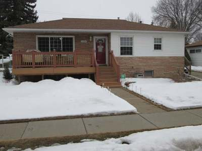 Bismarck ND Single Family Home For Sale: $209,900