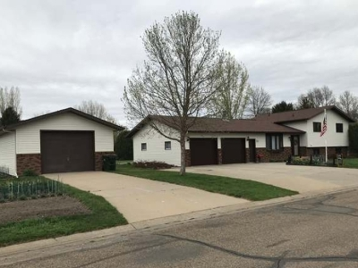 Beulah, Hazen Single Family Home For Sale: 906 Elm Rd
