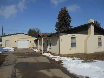 Bismarck ND Single Family Home For Sale: $170,000