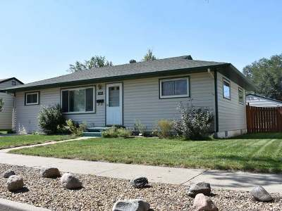 Bismarck ND Single Family Home For Sale: $159,900