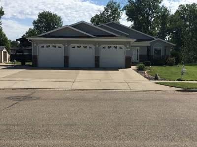 Mandan Single Family Home For Sale: 3418 Bay Shore Bend SE