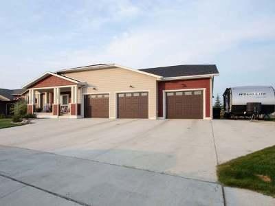Mandan Single Family Home For Sale: 1604 Ridge Dr SE