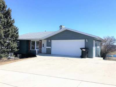 Mandan Single Family Home For Sale: 720 8th Ave NE