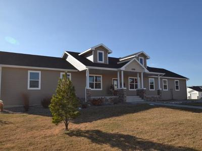 Bismarck ND Single Family Home For Sale: $518,900