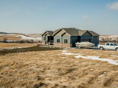 Mandan Single Family Home For Sale: 3477 Hwy 25