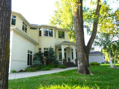 Bismarck Single Family Home For Sale: 2202 Riverwood Dr