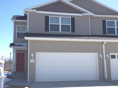 Bismarck ND Condo/Townhouse For Sale: $379,500