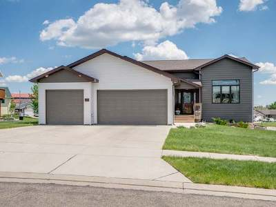 Bismarck Single Family Home For Sale: 5501 Yukon Dr