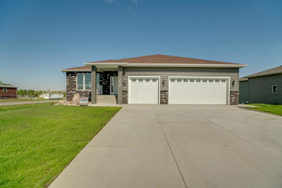 Beulah, Hazen Single Family Home For Sale: 1048 Otter Creek S
