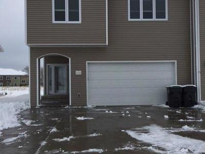 Mandan Condo/Townhouse For Sale: 3721 McKenzie Dr