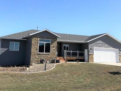 Bismarck Single Family Home For Sale: 13803 Trail Boss Way