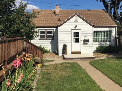 Bismarck Single Family Home For Sale: 807 Anderson St N