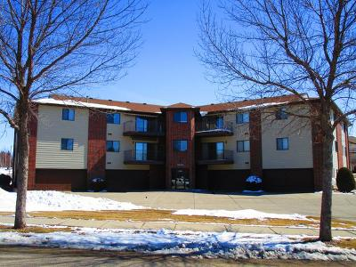Bismarck ND Condo/Townhouse For Sale: $199,900