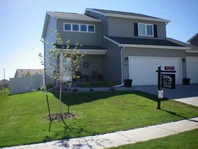 Bismarck Single Family Home For Sale: 4913 Windsor St