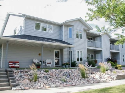 Bismarck ND Condo/Townhouse For Sale: $164,900