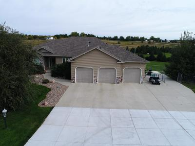 Bismarck Single Family Home For Sale: 7323 Trappers Ci