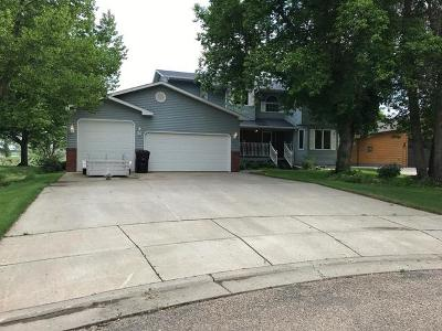 Mandan Single Family Home For Sale: 3212 Sandy Lane SE