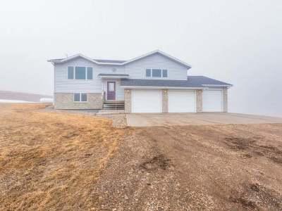 Mandan Single Family Home For Sale: 2598 Windsor Pl N