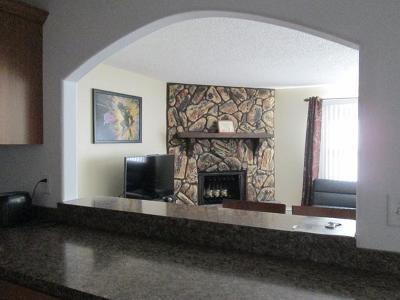 Bismarck ND Condo/Townhouse For Sale: $129,000