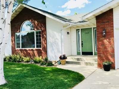 Mandan Single Family Home For Sale: 1304 17 St SE