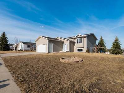 Bismarck ND Single Family Home For Sale: $222,000