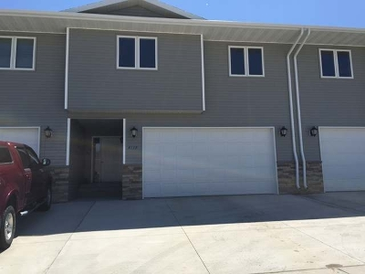 Mandan Condo/Townhouse For Sale: 4117 Shoal Loop SE
