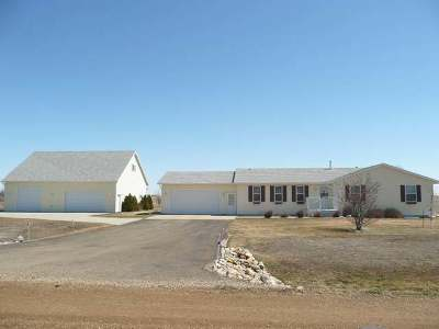 Bismarck Single Family Home For Sale: 7241 Russell Rd
