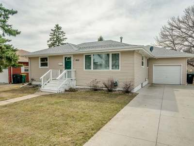 Bismarck Single Family Home For Sale: 1412 18 St N