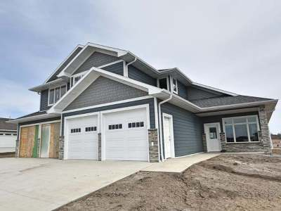 Bismarck ND Condo/Townhouse For Sale: $399,900