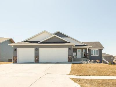 Bismarck Single Family Home For Sale: 4308 Opal Dr.