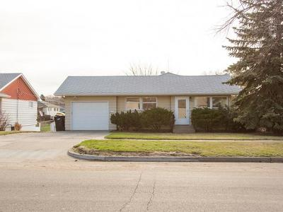 Bismarck Single Family Home For Sale: 1315 18th St N