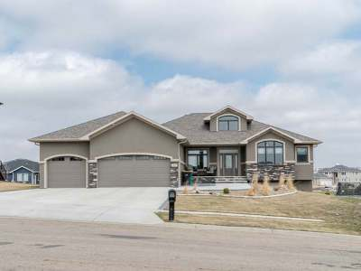 Bismarck Single Family Home For Sale: 3615 Valley Dr