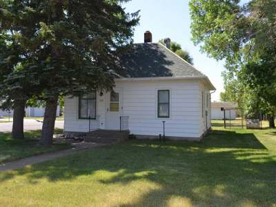 Golden Valley Single Family Home For Sale: 201 West Main Street