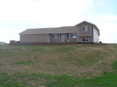 Bismarck Single Family Home For Sale: 6490 Preston Lp