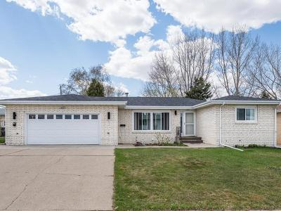 Mandan Single Family Home For Sale: 1403 3rd Ave NW
