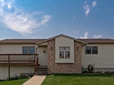 Mandan Single Family Home For Sale: 3009 Hillside Rd
