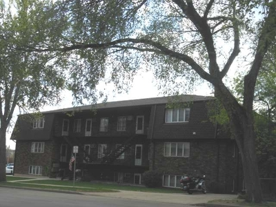 Bismarck Condo/Townhouse For Sale: 610 7 St N #11