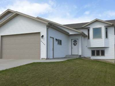Bismarck Single Family Home For Sale: 4904 Souris St